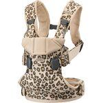 BabyBjorn Ķengursoma Baby Carrier One, Cotton Beige Leopard, 098075